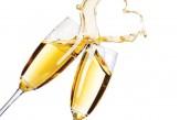 7651472-deux-verres-de-champagne-avec-resume-heart-splash